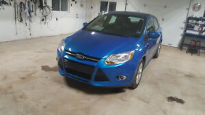 2012 Ford Focus SE-LOW KMS-NEW MVI!!!!