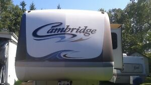 2006 Cambridge 5th wheel camper