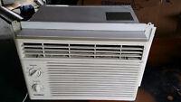 5000 BTU Goldstar Window Air Conditioner