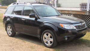 2010 Subaru Forester X limited SUV, Crossover