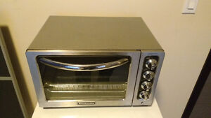 Small Oven for sale!