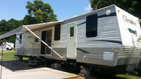 2009 Cherokee 39ft Trailer perfect for cottage or Bunkhouse