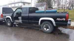 1998 gmc 2500 HD diesel  London Ontario image 7