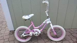 Girls bike for 3-5yr olds
