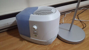 Humidifier for sale, only 15 CAD