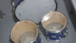 2 toms and a bass drum