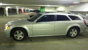 2005 Dodge Magnum SXT Rear Wheel Drive