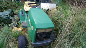 John deer riding lawnmower