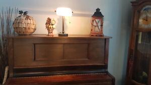 Heintzman Antique Wood piano