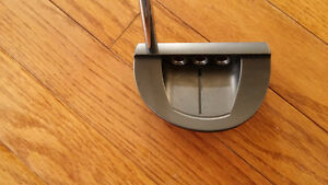 Scotty Cameron Select GoLo Putter - Excellent Condition