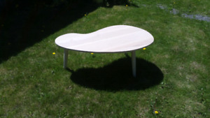 Mid century modern kidney shape coffee table.