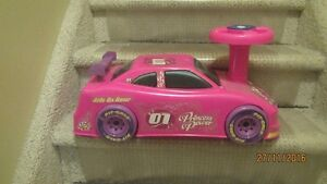 Barbie Pink Riding Car for Toddler---Sounds and Lights Kingston Kingston Area image 2