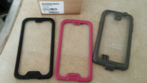 Samsung S4  lot w life proof case Kingston Kingston Area image 5