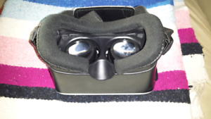 VR head set for cell phone