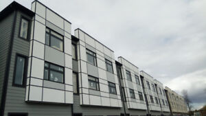 Contemporary Modern Brand New 3 Bedroom Townhouse