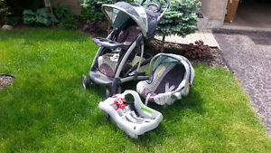 Graco stroller, carrier and car base