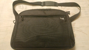 "INIT 15"" Laptop Bag"