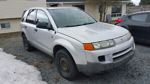 2004 Saturn VUE SUV - For parts or repair.