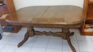 Tasmanian Pine Expandable dining table