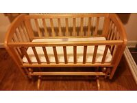 Wooden pine glider baby crib excellent condition and free mattress
