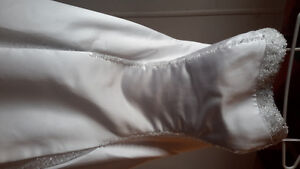 DaVinci strapless Wedding Dress white