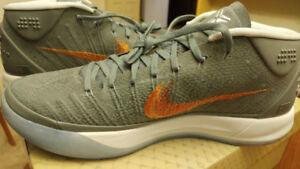 BRAND NEW Nike Men's Kobe A.D. Basketball Shoes Genesis 10.5!!!!