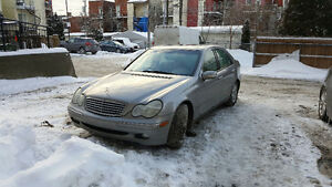 2003 Mercedes-Benz C-Class Elegant Sedan