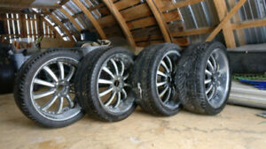 305 35R24 LEX VU summer tires and Rims