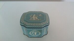Vintage Wedgewood Style English Blue/White Tin