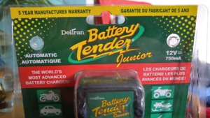 2015 BATTERY TENDER JUNIOR 750mA/12V