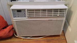 Air conditioner Year old used 1swith remote