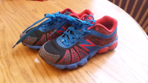 Boys Spider Man New Balance Sneakers Size 12.5