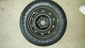snow tires like new 185/65/14 Peterborough Peterborough Area image 3