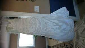 NEW PRICE weddingdess shawl & vail  never worn new wedding dress