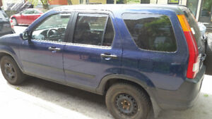 HONDA 2002 4WD CR-V $2000 with new winter tires incl. MUST SELL