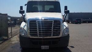 2012 cascadia DD15 day cab for sale