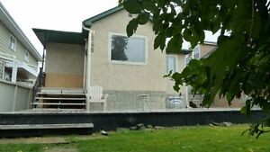 3 bedrooms house in RITCHIE  area