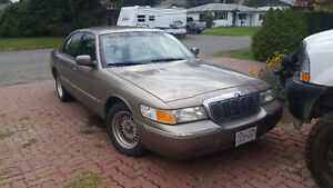 2002 Ford Grand Marquis lx