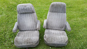 1988 Chevy Captain chair bucket seats
