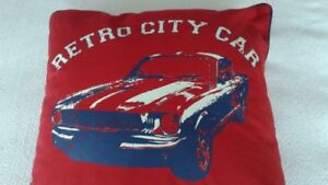 mustang coussin décoratif neuf