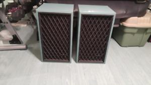 Speaker Nova