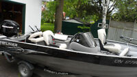 Fully Loaded Crestliner Boat/50 HP Mercury Motor  LOW HOURS