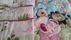Bedding for baby crib
