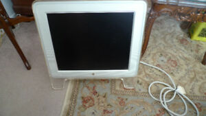"Apple Model M7649 17"" LCD Studio Display Flat Panel Monitor ."