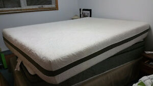 Sealy Queen Memory Foam Mattress - LIKE NEW
