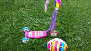 Toddler scooter and helmet
