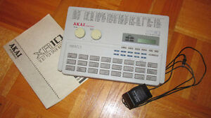 Akai XR10    16 BIT PCM DRUM MACHINE