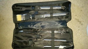 Large BBQ brand new utensils with carrying case only $7......... London Ontario image 1