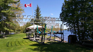 A45 ELECTRIC BOAT LIFT WITH CANOPY
