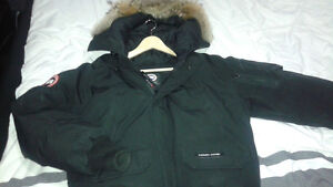 ****Used Canada Goose Chilliwack Bomber in Black - Good cond****